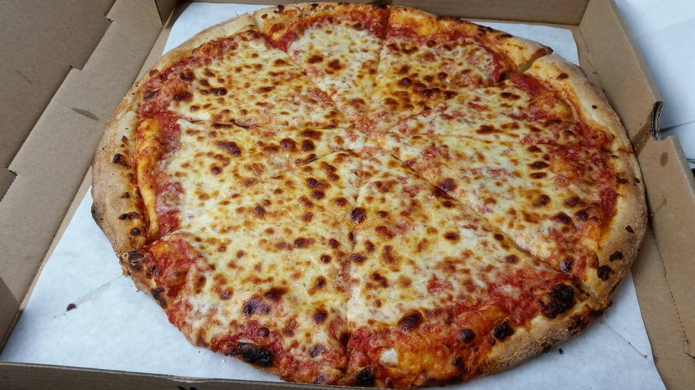 16 Inch Pizza With Garlic Under The Cheese Meh Stick
