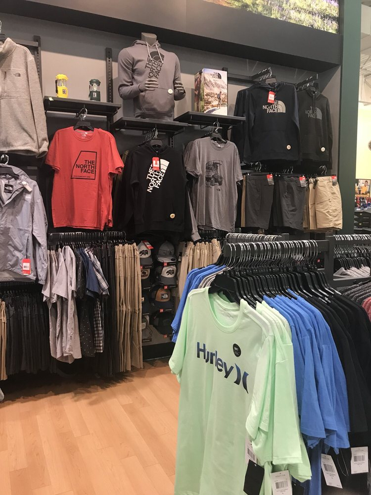 DICK'S Sporting Goods: 310 Doug Baker Blvd, Birmingham, AL