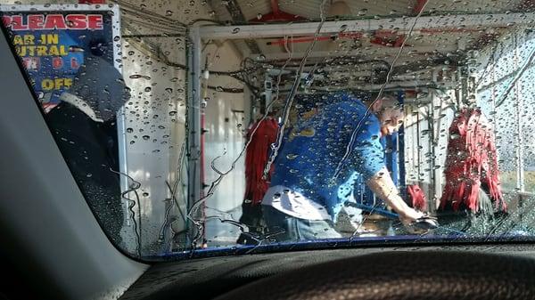 Classen clean green car wash 2801 n classen oklahoma city ok car hotels nearby solutioingenieria Gallery