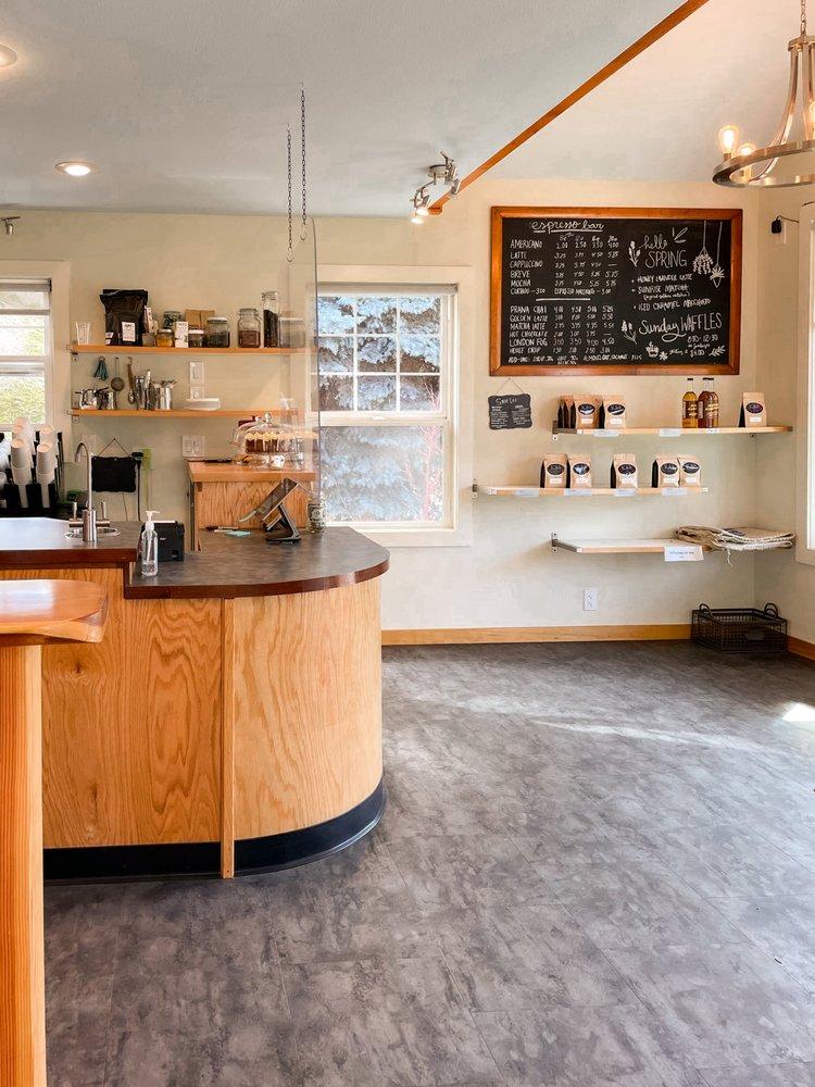 Kave Roaster & Bakery: 806 W Manson Hwy, Chelan, WA