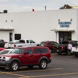 Photo Of Hendrick Chevrolet Shawnee Mission   Collision Center   Merriam, KS,  United States