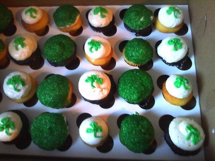 Cake Art In Salisbury Md : St Paddy s day cupcakes - Yelp