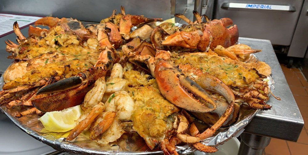 Seafood Grill on the Bay: 507 Guy Lombardo Ave, Freeport, NY