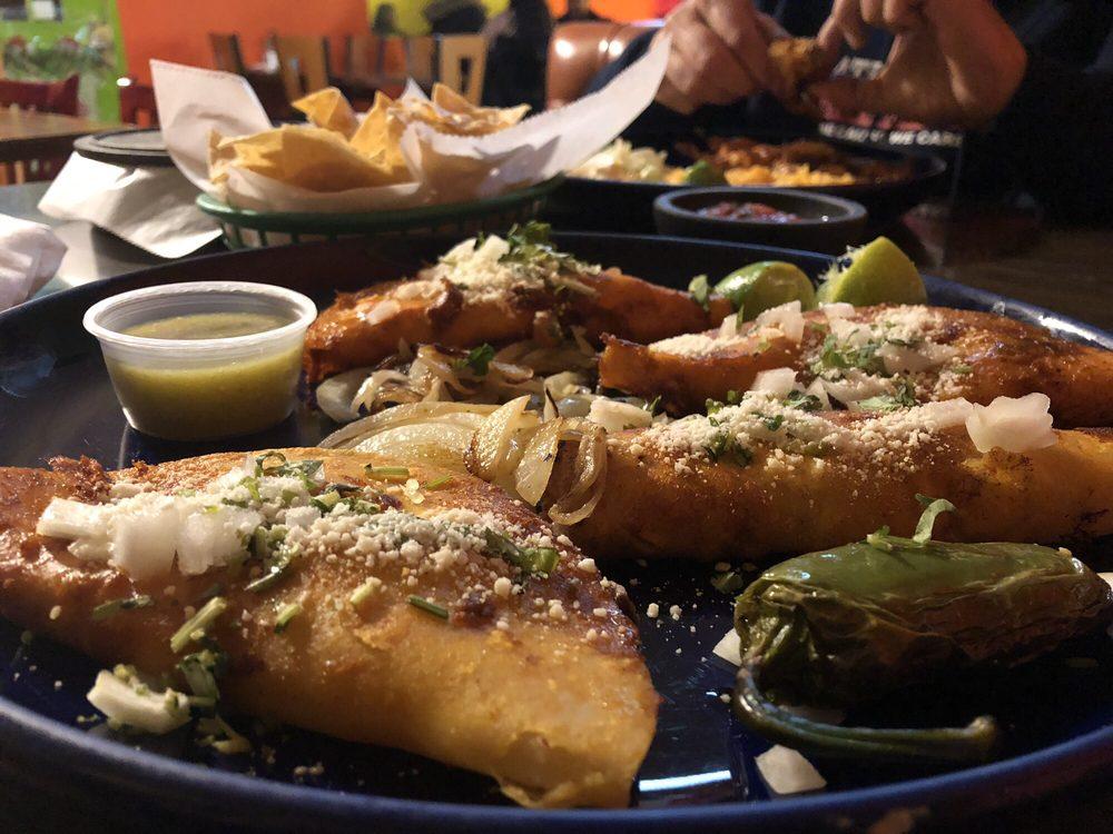 Los Costeños Restaurant: 1510 Solano St, Corning, CA