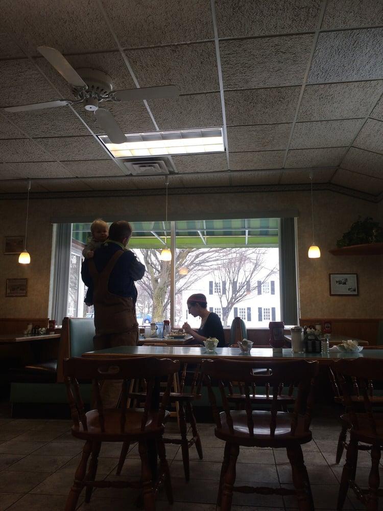 Lima Diner: 7355 E Main St, Lima, NY