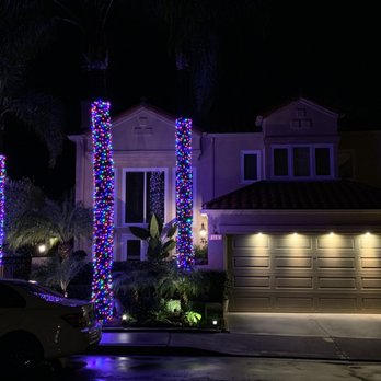 San Diego Christmas Lights.Lights Up 18 Photos Holiday Decorating Services Normal