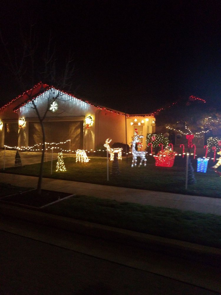 Clovis Festival Of Lights - Santa Claus Lane