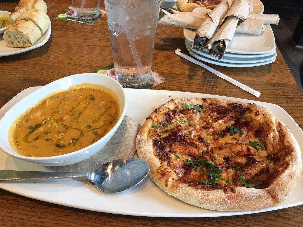 California Pizza Kitchen Mission Viejo