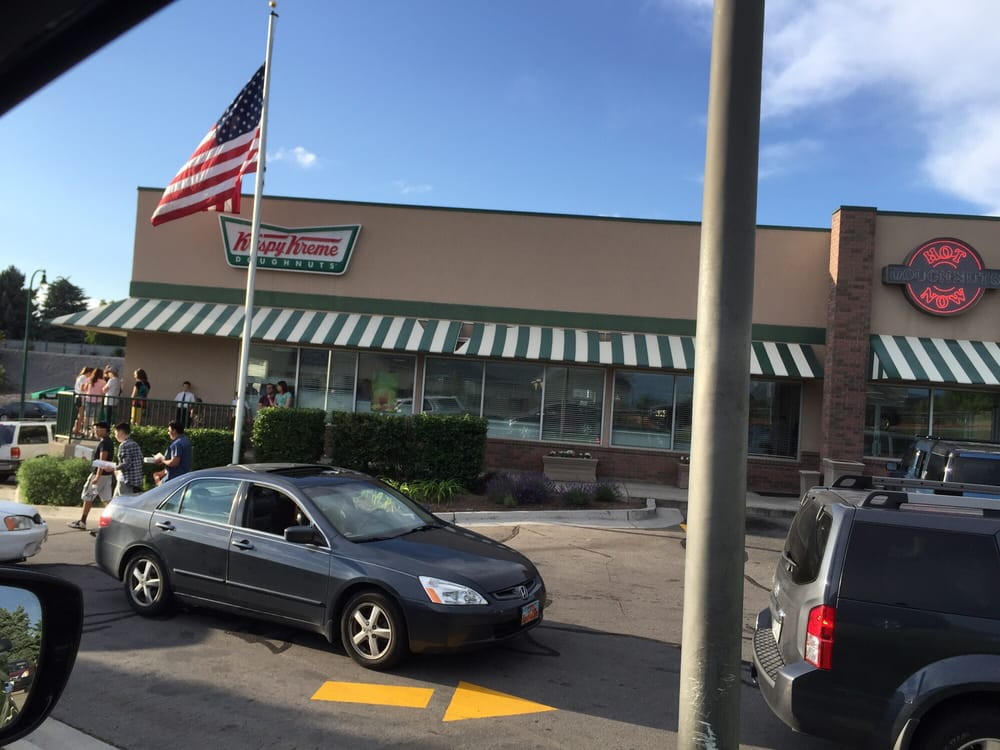 Krispy Kreme: complete list of store locations, store hours and holiday hours in all states Krispy Kreme Locations & Store Hours Listing of store locations and hours.
