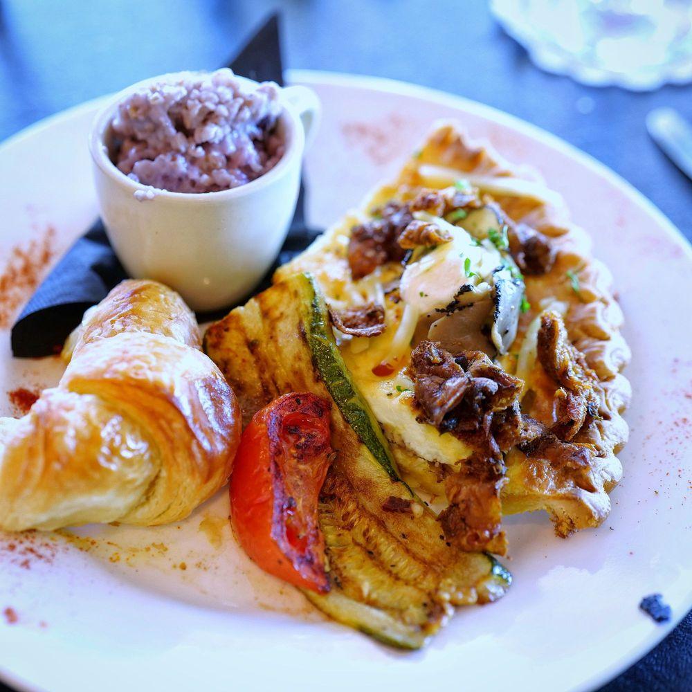 Mama Clemenza's European Breakfast
