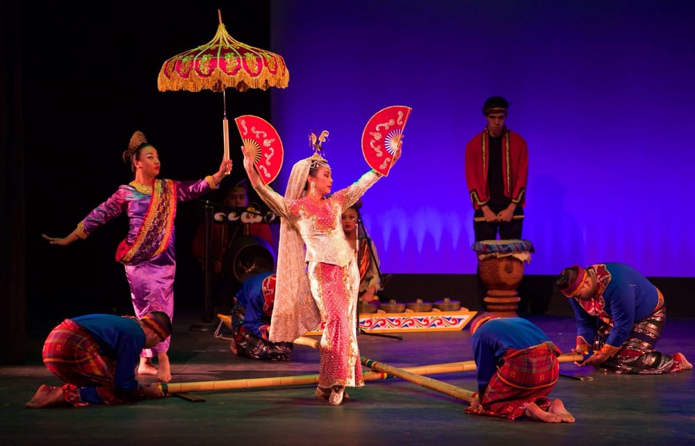 Moving Company Reviews >> PASACAT in the dance Singkil. - Yelp