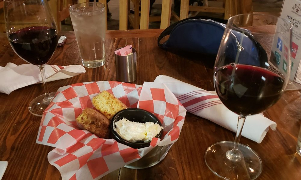 Tejas Steakhouse and Saloon: 401 Obst Rd, Bulverde, TX