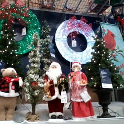 Is Lowes Open On Christmas Day.Lowe S Home Improvement 10 Photos 29 Reviews Building Supplies