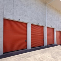 Photo Of Public Storage   Oakland, CA, United States. Well Maintained  Storage Facility