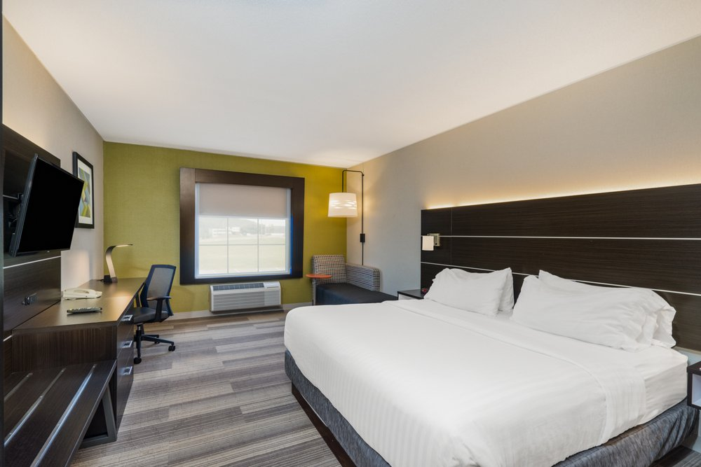 Holiday Inn Express Bloomsburg: 14 Mitchell Dr, Bloomsburg, PA