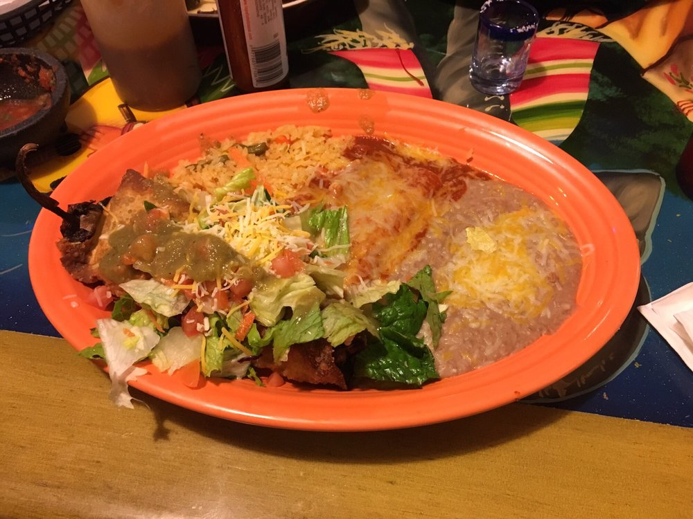 Food from El Tapatio