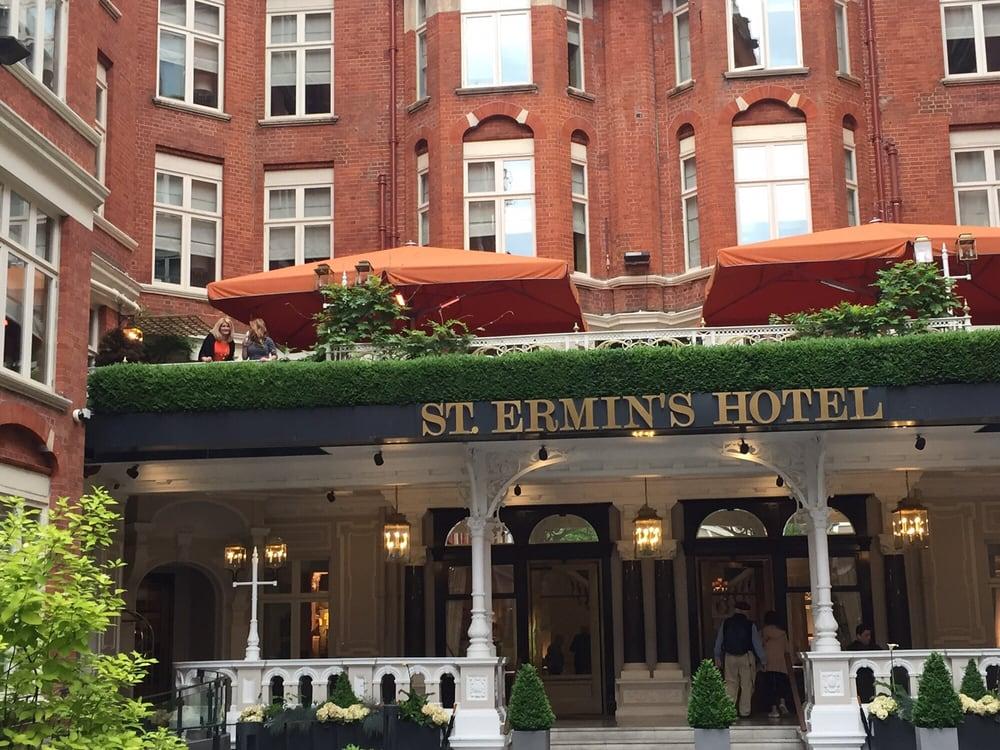 Restaurants Near St Ermins Hotel