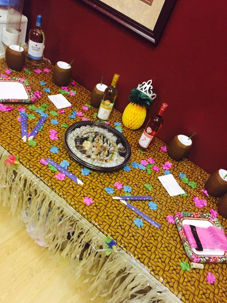 My table set up for my birthday! I picked a Hawaiian theme. :) - Yelp