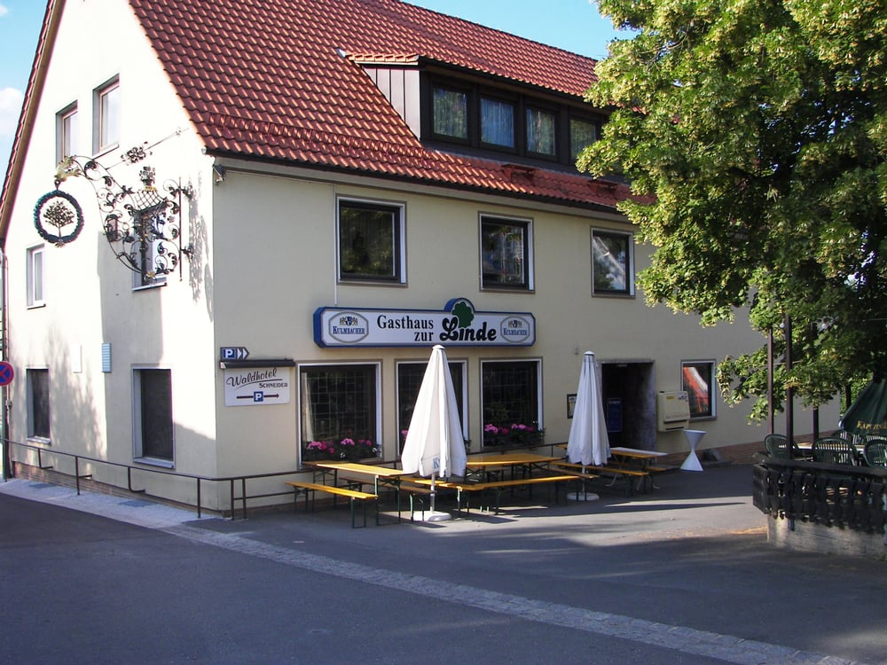 Foto zu Gasthaus zur Linde & Waldhotel - Mainleus, Bayern, Deutschland