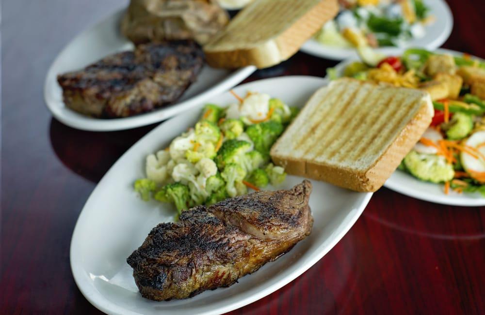 Ribeyes Steakhouse: 1056 Cantle Ct, Williamston, NC