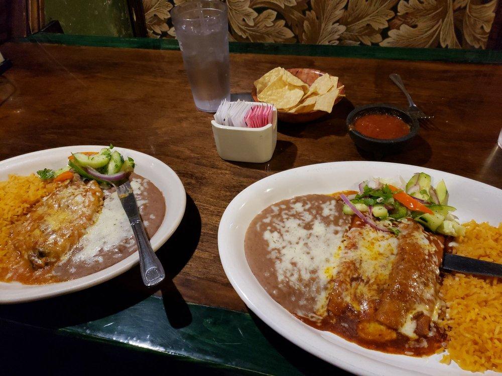 Catrina's Mexican Grill & Cantina: 1345 F St, Wasco, CA