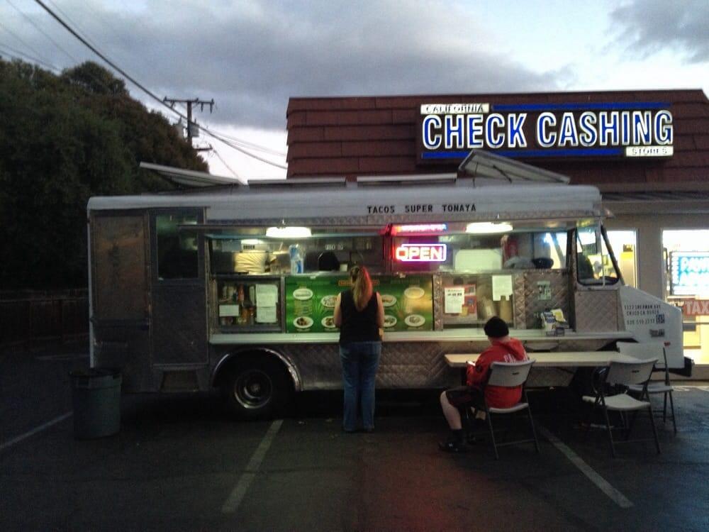 Tacos Tonaya Food Truck