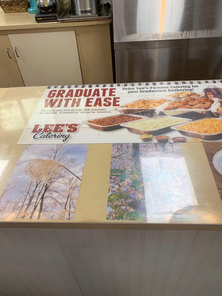 Lee's Famous Recipe: E Mountain Pkwy, Salyersville, KY