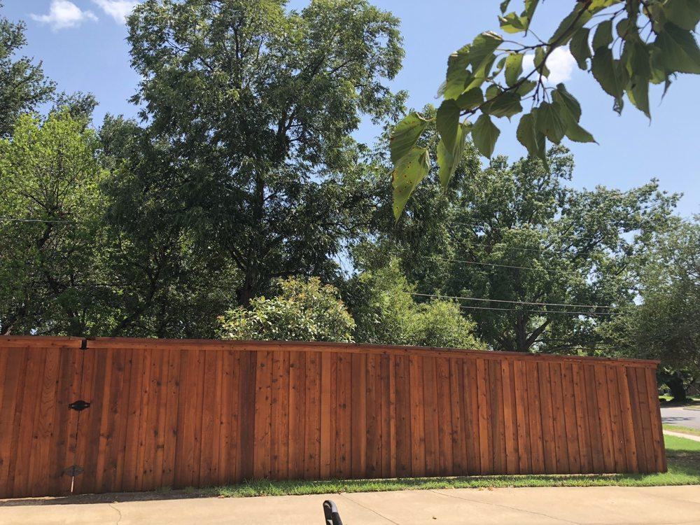 Philips Fences: 214 Cumberland Rd, Waxahachie, TX