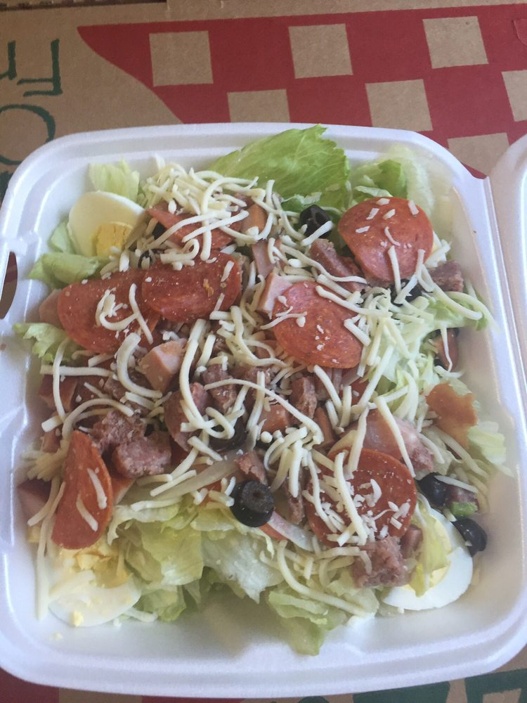 Hilltop Market and Pizzeria: 20 Grant St, Cokeburg, PA