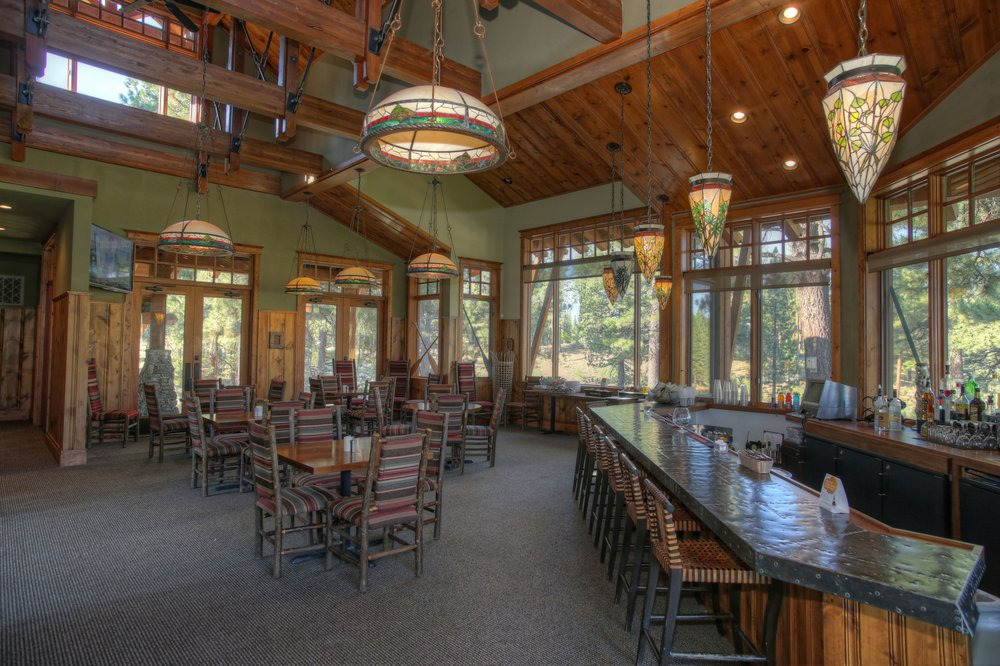Grizzly Ranch Golf Club: 250 Clubhouse Dr, Portola, CA