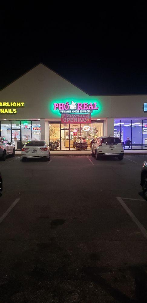 Pho Real: 8102 N Davis Hwy, Pensacola, FL