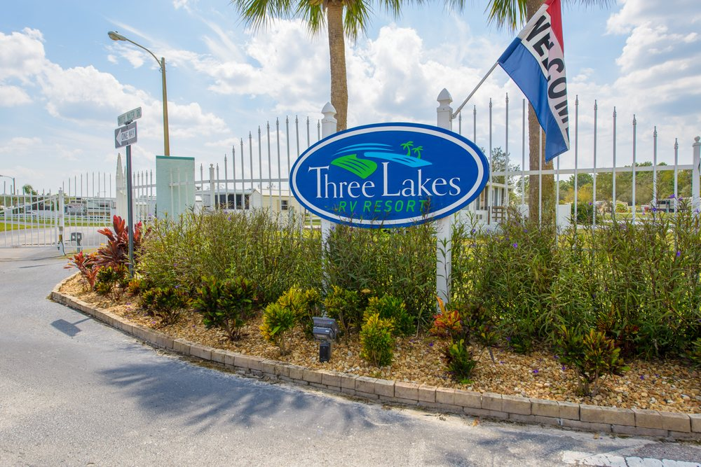 Three Lakes RV Resort: 10354 Smooth Water Drive, Hudson, FL