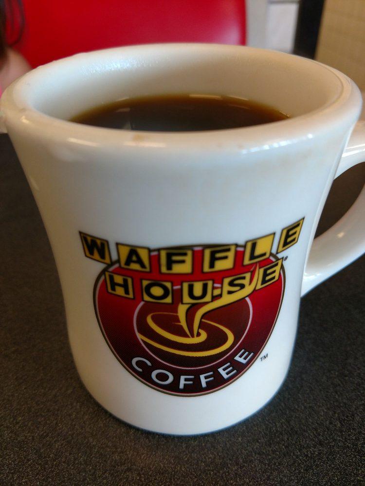 Waffle House: 296 W Clinton St, Gray, GA