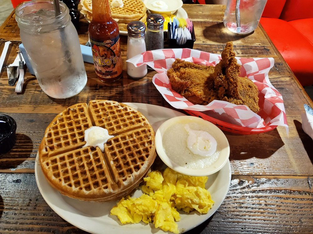 Lo-Lo's Chicken & Waffles: 1201 E State Hwy 114, Southlake, TX