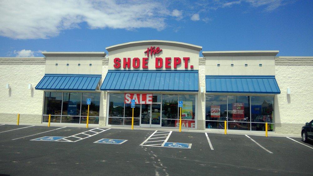 Shoe Dept.: 200 Desert Willow Rd NW, Los Lunas, NM