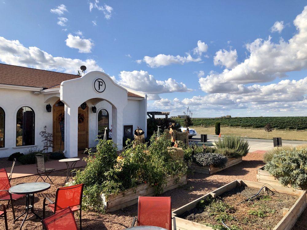 Social Spots from Castillo de Feliciana Vineyard & Winery
