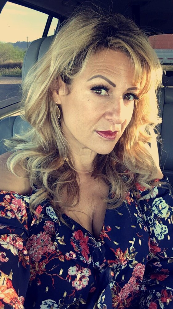 Eva's Hair Trends: 16156 N Oracle Rd, Tucson, AZ