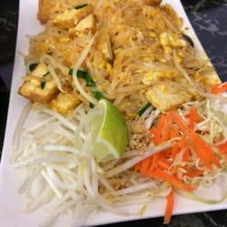 Tasty Thai & Pho - CLOSED - 13 Photos & 26 Reviews - Thai