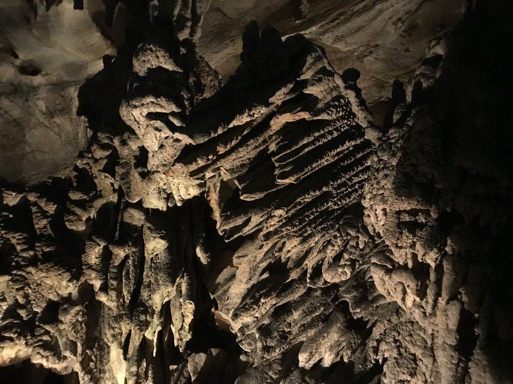 Appalachian Caverns: 420 420 Cave Hill Rd, Blountville, TN
