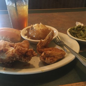 Peaky\'s Restaurant - 22 Photos & 44 Reviews - Seafood - 30361 Mount ...