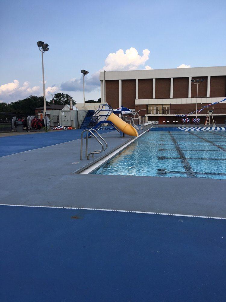 Cape Girardeau Swimming Pool: 205 Caruthers St, Cape Girardeau, MO