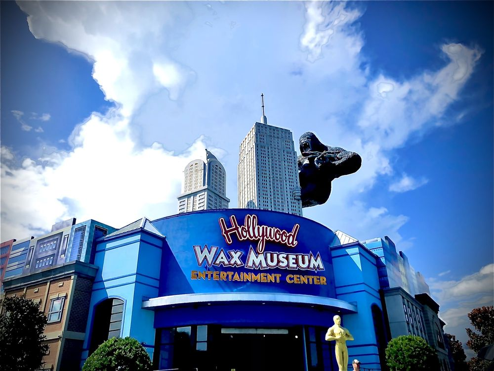 Social Spots from Hollywood Wax Museum