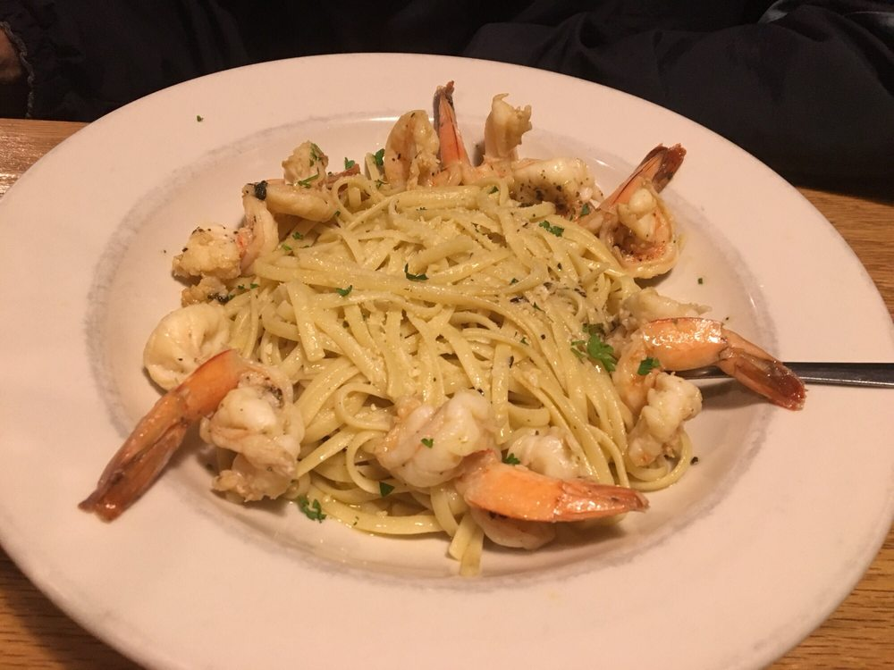 Benny's Italian Restaurant: 1910 Lincoln Way E, Chambersburg, PA
