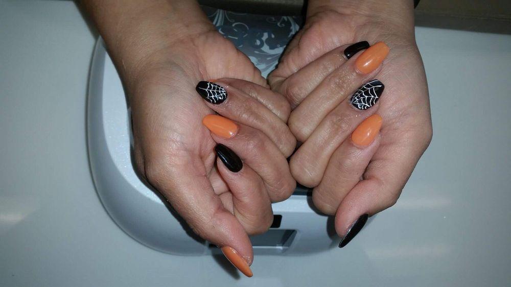 Us Nails & Spa: 6000 Monona Dr, Monona, WI