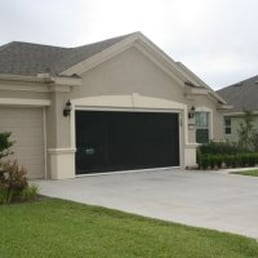 roll up garage door screenMicheles HideAway Screens  Contractors  4500 NE 35th St Ocala