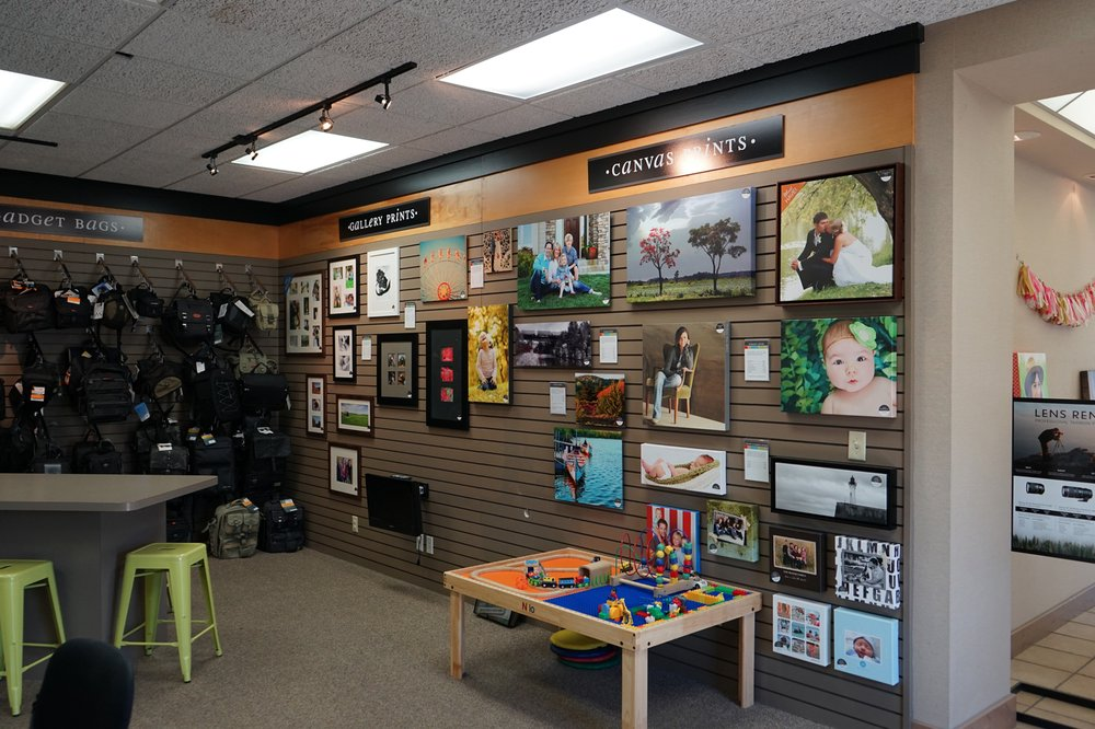 Harold's Photo Experts: 912 W 41st St, Sioux Falls, SD