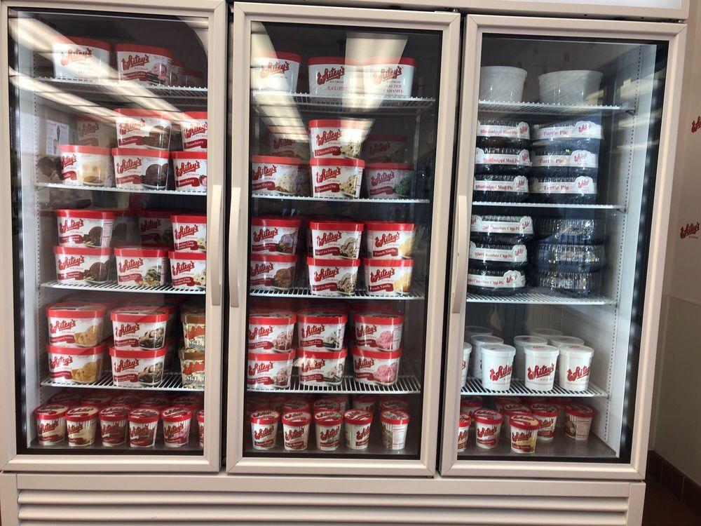 Whitey's Ice Cream: 2419 E 53rd St, Davenport, IA