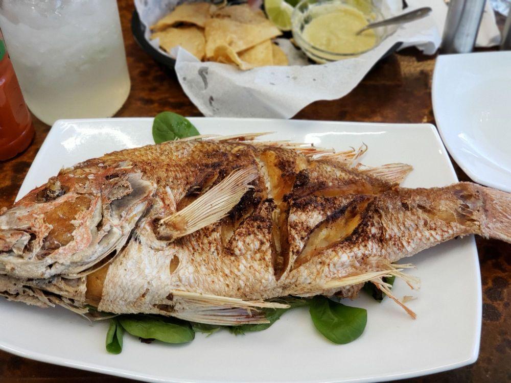 Fish King Seafood Restaurant 802: 975 W Ruben M Torres Blvd, Brownsville, TX