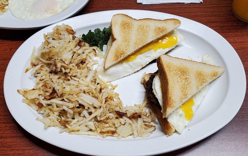 Mom's Country Kitchen: 14428 Aldine Westfield Rd, Houston, TX