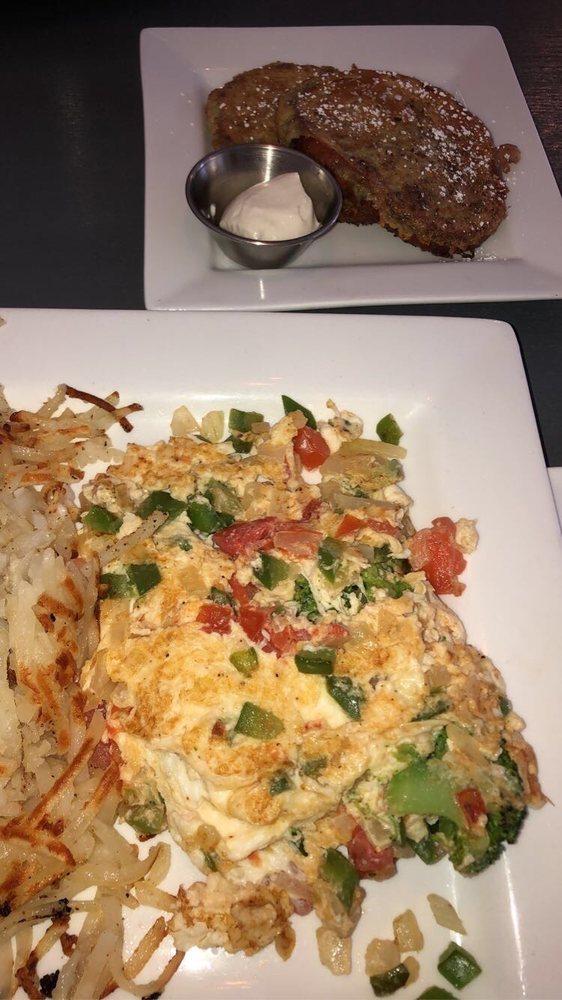 Eggceptional Cafe: 2749 W Algonquin Rd, Algonquin, IL